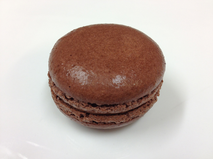 Mörk choklad. Tryffel med mörk choklad 80 %. Mäktig i smaken!